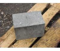 Бетонный фундаментный блок 20*20*30см